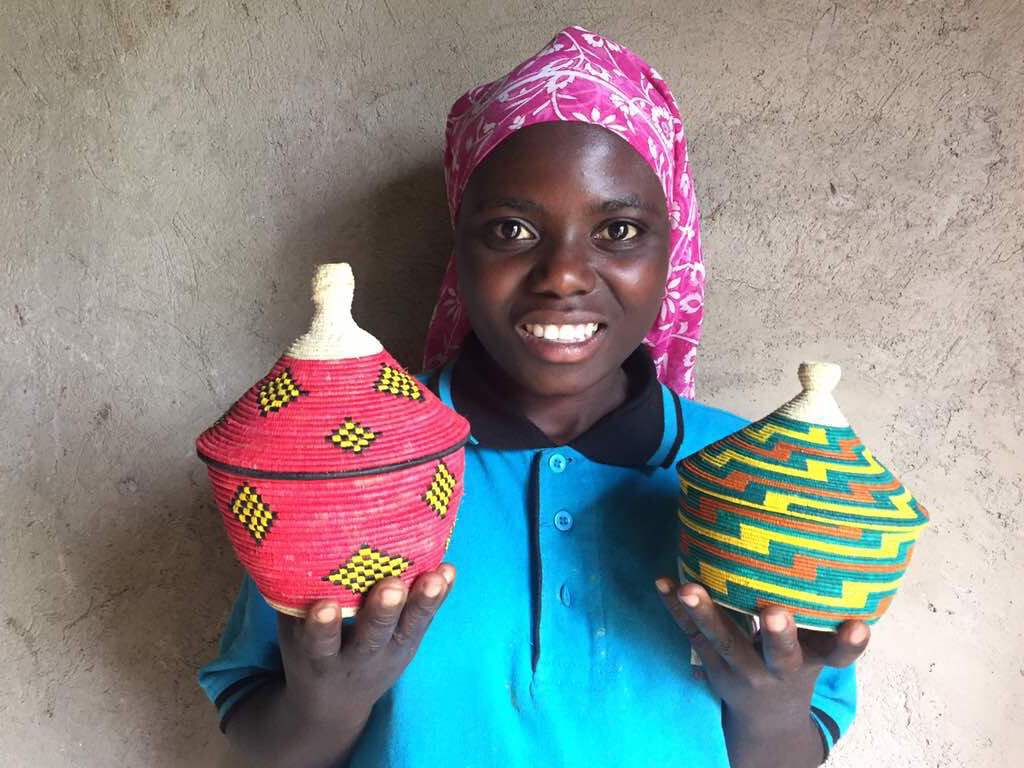 Deaf-girl-in-Fort-Portal-with-delicat-crafts